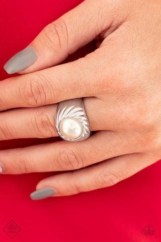 Paparazzi Accessories Wall Street Whimsical White Ring