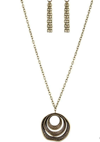 Paparazzi Accessories Breaking Pattern Brass Necklace Set