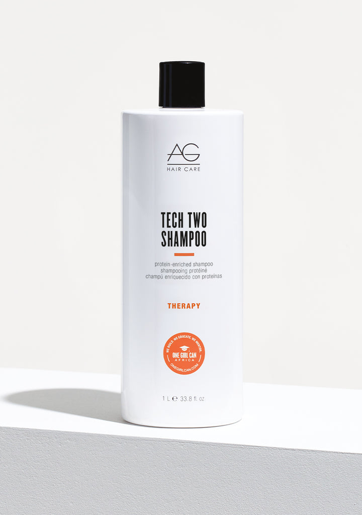 TECH TWO protein-enriched shampoo litre