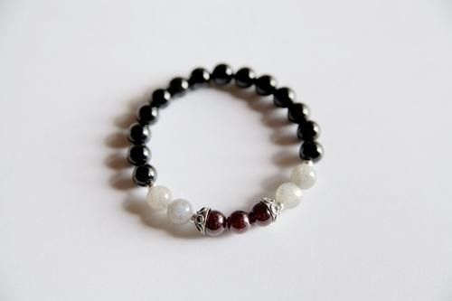 Leo Sign ~ Genuine Black Onyx, Crystal Quartz & - LoveLuve