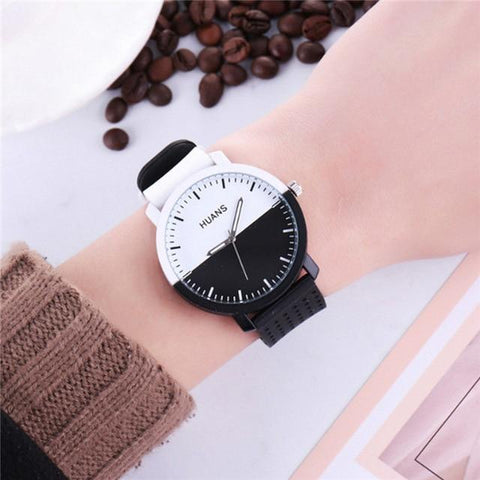 Image of Personality Circular Dial Silica Gel Quartz Lovers Watch