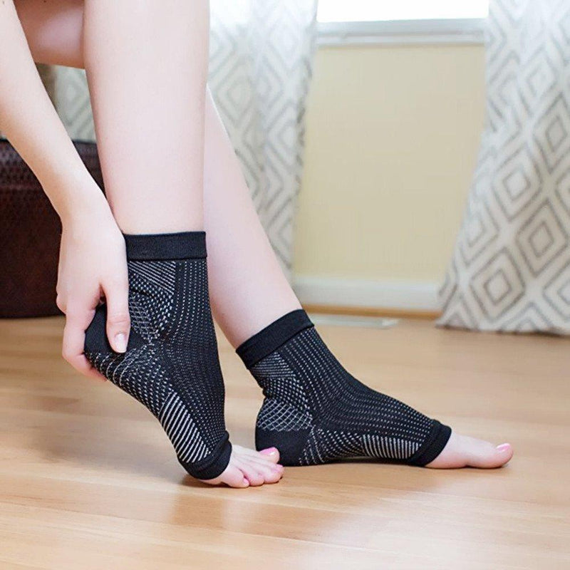products/inspire-uplift-compression-plantar-fasciitis-socks-s-m-black-compression-plantar-fasciitis-socks-11981955072099.jpg