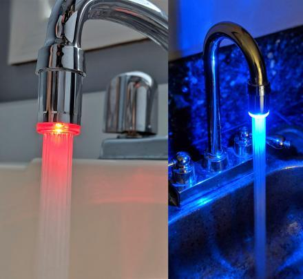 products/led-faucet-nozzle-changes-color-with-water-temperature-thumb.jpg