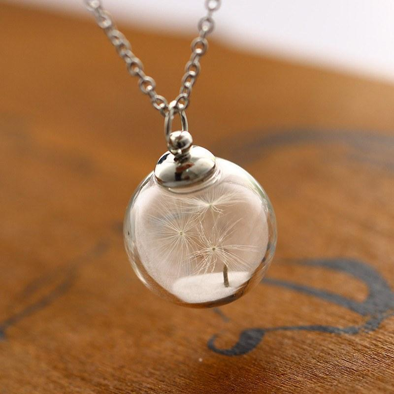 products/pendant-necklaces-glass-ball-glow-in-the-dark-dandelion-seed-necklace-pendant-5_2048x_0e9ad9e8-12d1-4559-a092-625ba5a82dde.jpg