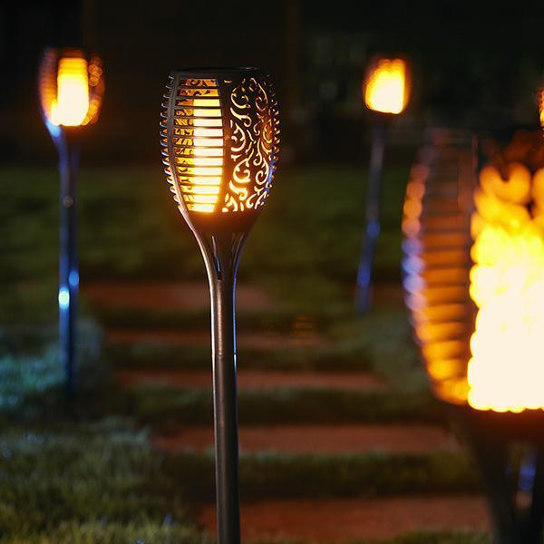 products/solar-powered-flame-torch-lamp-1_grande_329f93ab-8073-4be9-b59f-0a584214b900.jpg