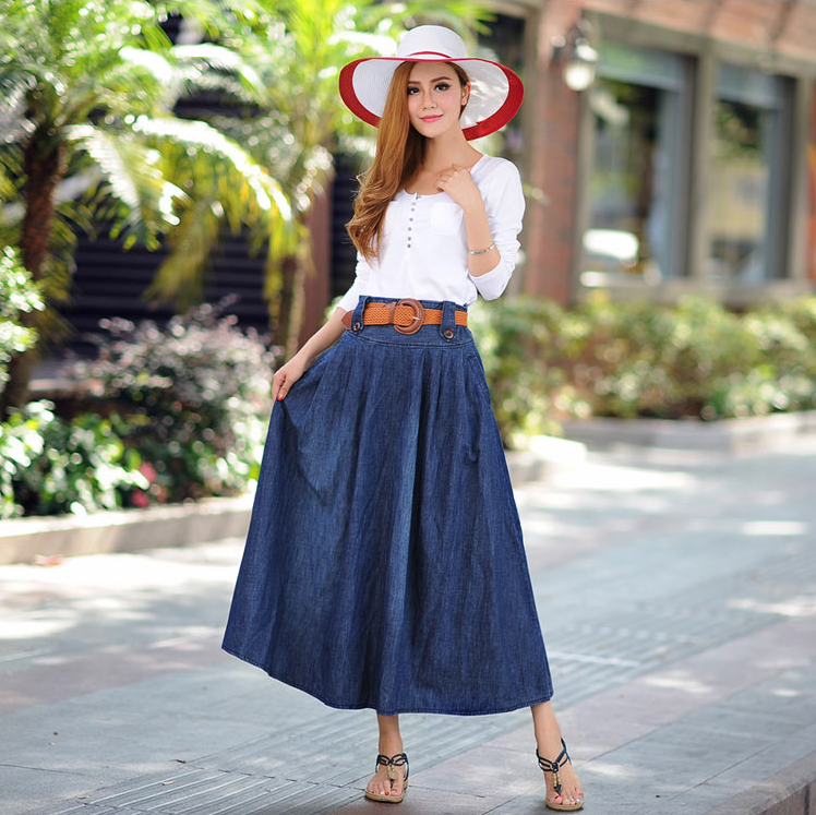 Battle-Style Semi-Length Pleated Denim Skirt
