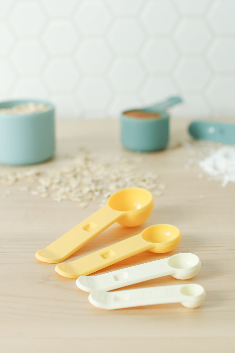 Measuring Cups and Spoon Set