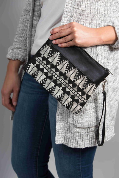 Darzah Black and White Cypress Clutch