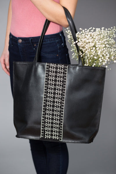 Darzah Black Leather Tote Bag