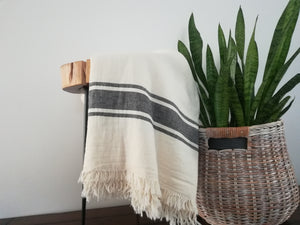 Didim Throw( Charcoal / Cream)