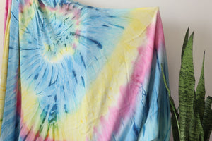 Love Burst Hand Made Organic Dye Bamboo Blanket