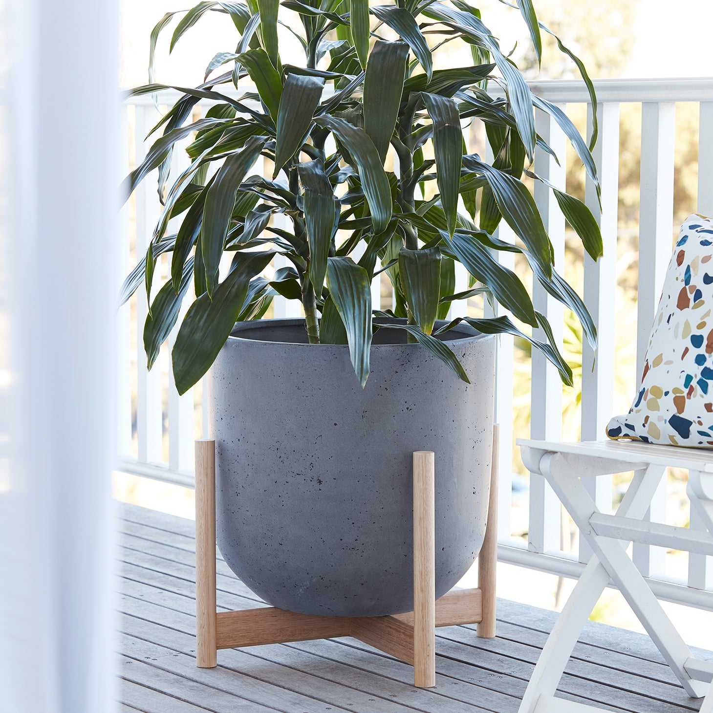 Luna series - Extra Large pot planter with timber legs - SLATE