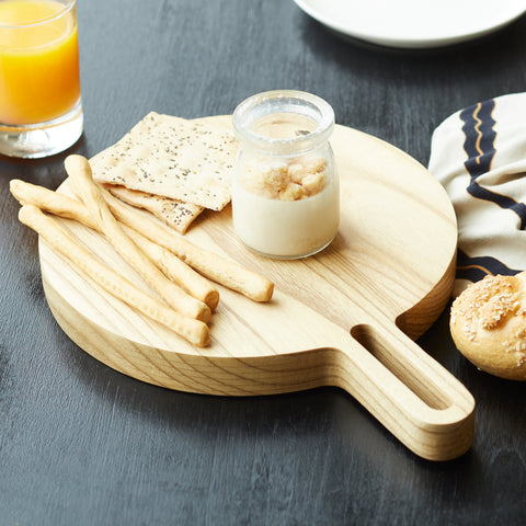 Loop Serving Board in Oak