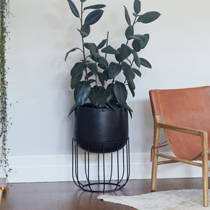 Zoe series - Large pot planter with steel legs - BLACK TERRAZZO
