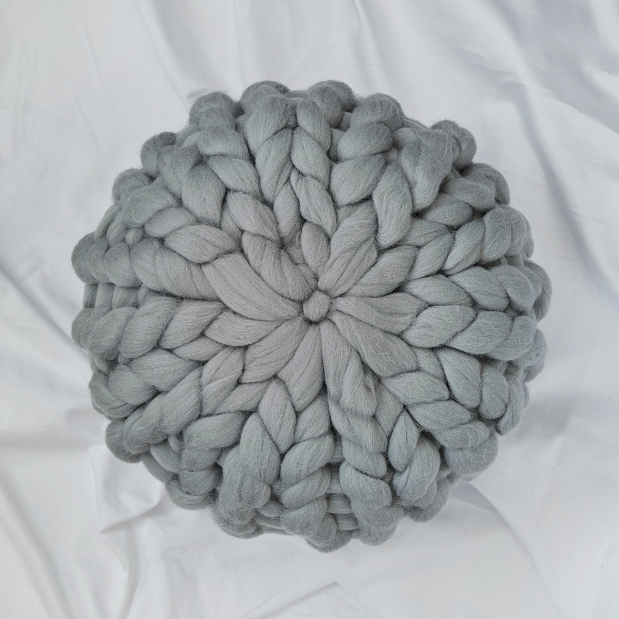 Chunky Wool cushion - GREY