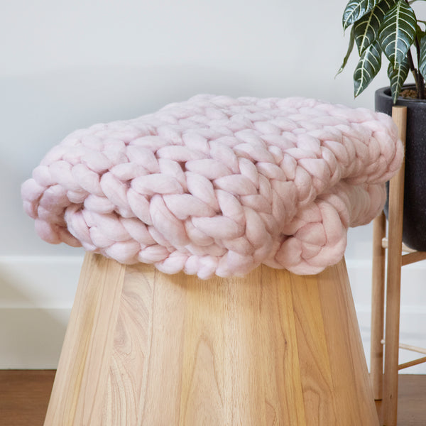 Chunky Wool Bed Runner - PINK
