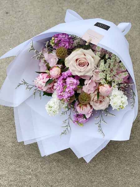 Luxe flower bomb in 'Pretty Pinks'