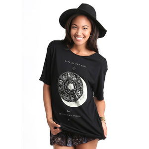 ECLIPSE BOYFRIEND TEE