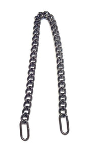 Show Chains with Oval Rings