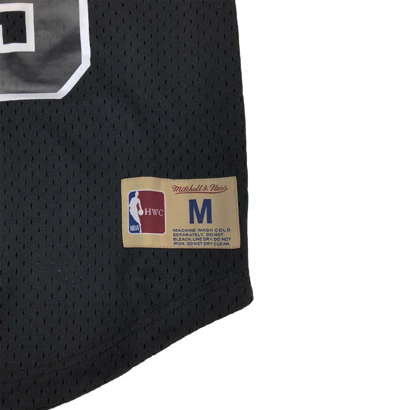 Mitchell & Ness Chicago Bulls Scottie Pippen Name & Number Mesh Crew Neck Black Trademark