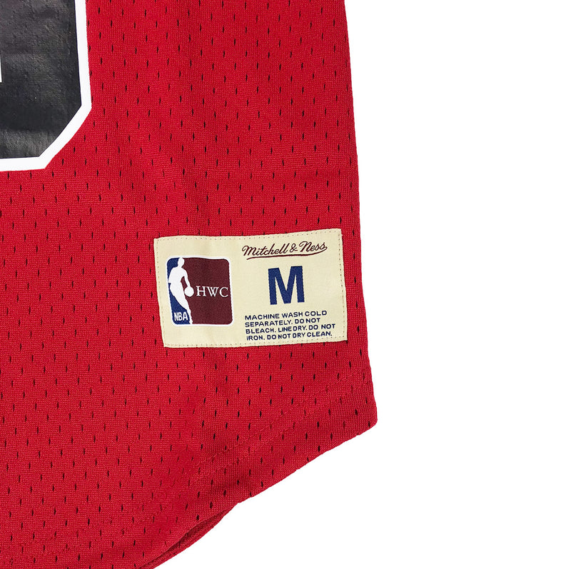 Mitchell & Ness Chicago Bulls Scottie Pippen Name & Number Mesh Crew Neck Red Trademark