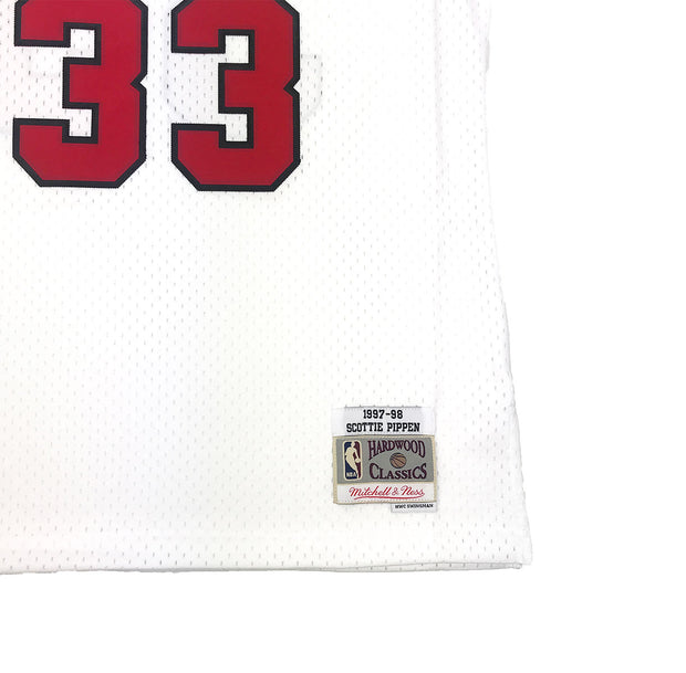 Mitchell & Ness Chicago Bulls Scottie Pippen Swingman Jersey White Trademark