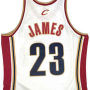 Mitchell & Ness Cleveland Cavaliers Lebron James Swingman Jersey White Back Name & Number