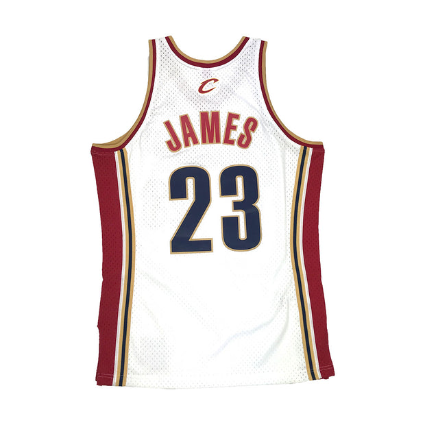 Mitchell & Ness Cleveland Cavaliers Lebron James Swingman Jersey White Back