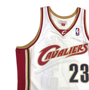 Mitchell & Ness Cleveland Cavaliers Lebron James Swingman Jersey White Upper Right