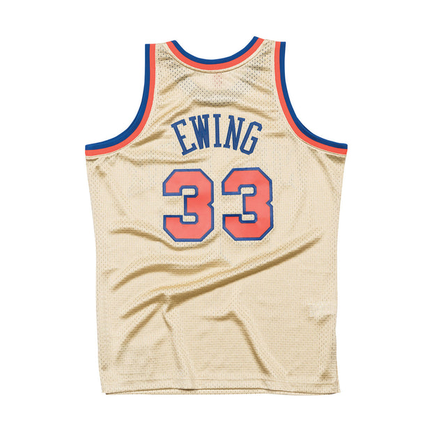 Mitchell & Ness New York Knicks Patrick Ewing Swingman Jersey Gold