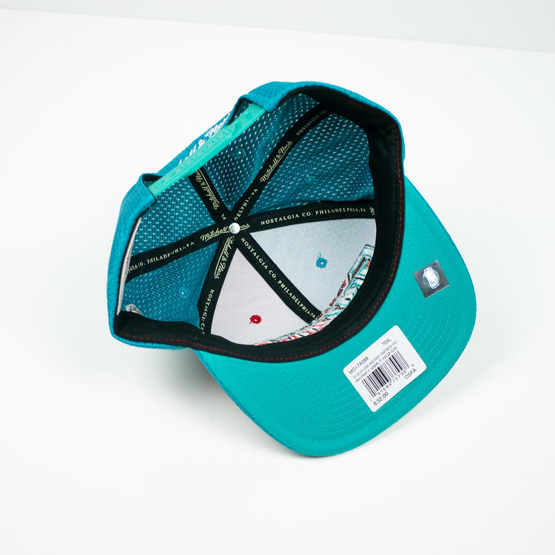 Mitchell & Ness Vancouver Grizzlies Division Mesh Snapback Hat Teal / Red Bottom