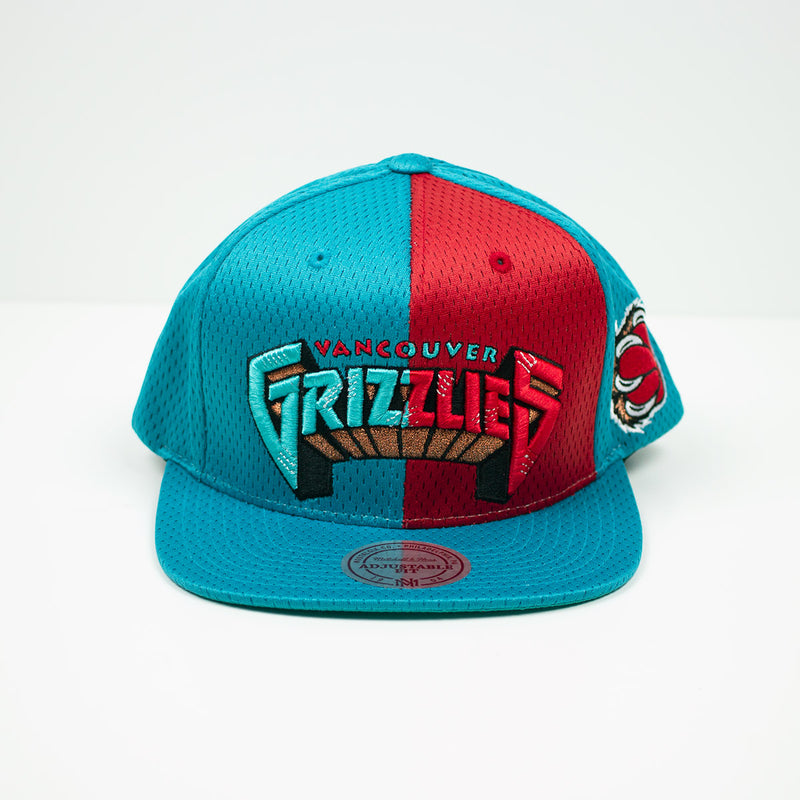 Mitchell & Ness Vancouver Grizzlies Division Mesh Snapback Hat Teal / Red Front