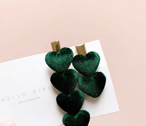 Velvet Sweetheart Clips
