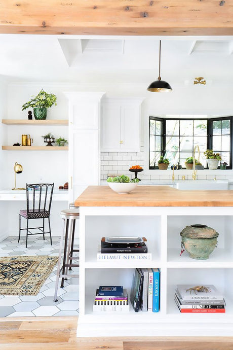 9 Kitchen Decorating Mistakes That Make Designers Cringe