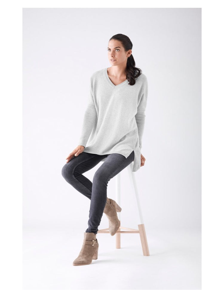 Mia Fratino | Mia Fratino 16100 Classic V- Neck Boyfriend Sweater | Club Connection Prahran