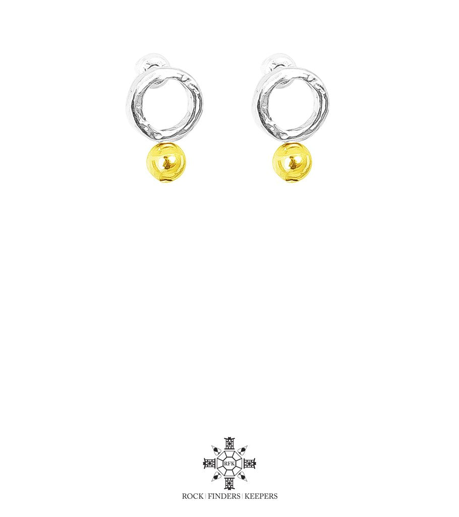 RADISON FINE FEATURE STUD EARRINGS, POLISHED GOLD DETAIL