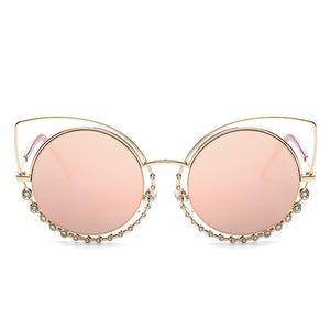 Fabulicious Oversized Cat Eye Sunglasses