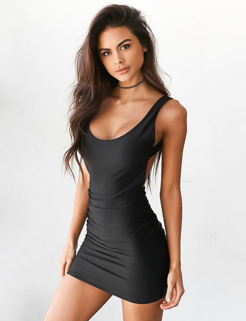 backless bodycon dress