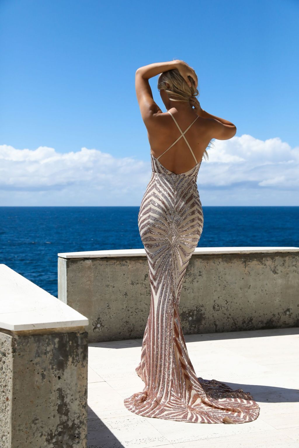 backless mermaid dress