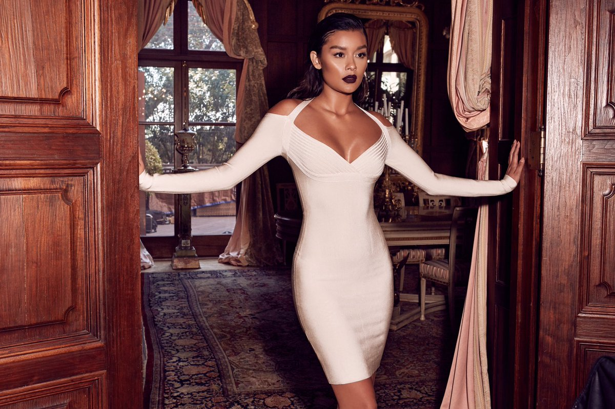 long sleeve white bodycon dress
