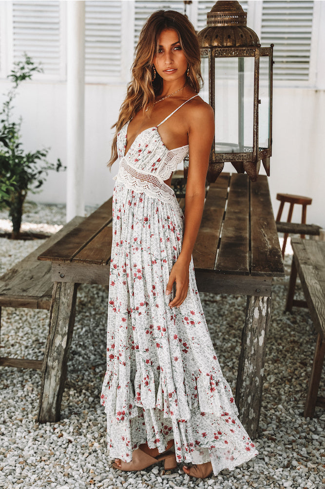 spaghetti strap maxi dress