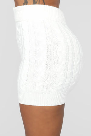 white cable knit shorts