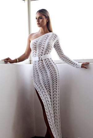 white knitted dress