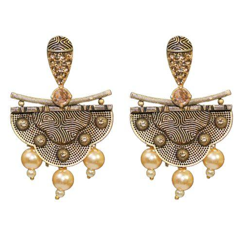 Traditional LCD Stone Dangler Women's Fashion Earrings With Pearls - DChyper
