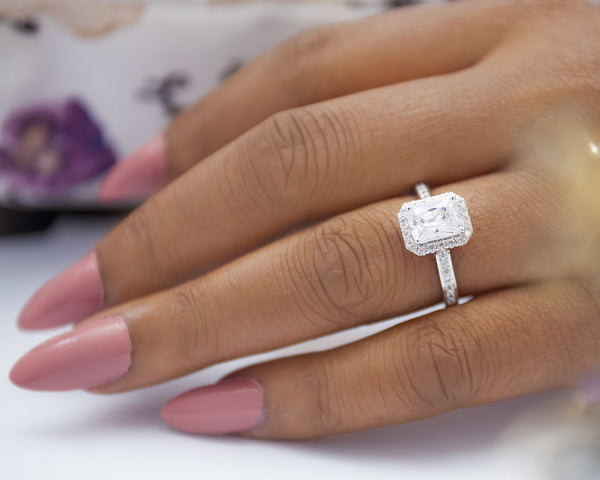 Valerie 18Karat White Gold Engagement Ring
