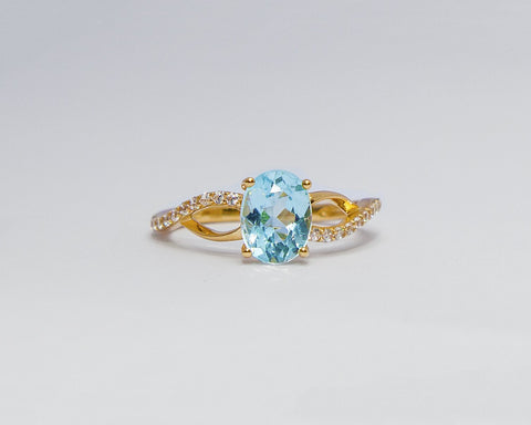 JULIA 18 KARAT YELLOW GOLD ENGAGEMENT WITH TOPAZ GEMSTONE