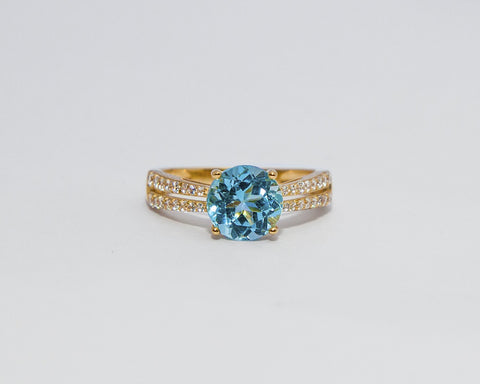 LEAH 18 KARAT YELLOW GOLD ENGAGEMENT WITH TOPAZ GEMSTONE