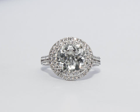 GRACE 18 KARAT WHITE GOLD WITH WHITE TOPAZ GEMSTONE