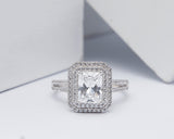 18Karat White Gold Engagement Ring