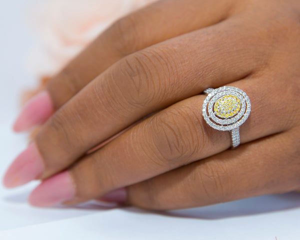 Minty 18Karat White Gold with Yellow Diamond Engagement Ring